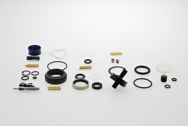 Rock Shox Reverb A2 Full Service Kit New Ifp Reverb Service Kits